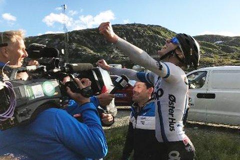 Her går det opp for bodøgutten August Jensen at han vant spurten. Foto: Anders Mo Hanssen