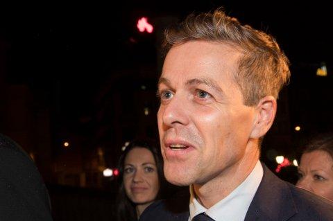Oslo  20170912. Partiledere på Stortinget.Kr.F leder Knut Arild Hareide på vei inn i stortinget. Foto: Terje Pedersen / NTB scanpix