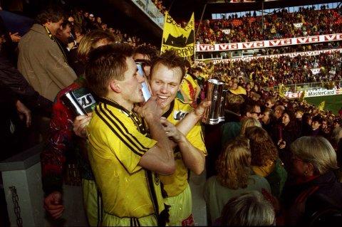 Tommy Hansen sammen med Ola Haldorsen på Ullevaal i 1993.