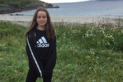 Liv-Marie Georgsen bor kun noen få minutter fra fjæra i Ersvika. Nå blir det livbøye der, takket være 11-åringen.