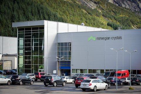 De ansatte ved Norwegian Crystals har fått permitteringsvarsel.