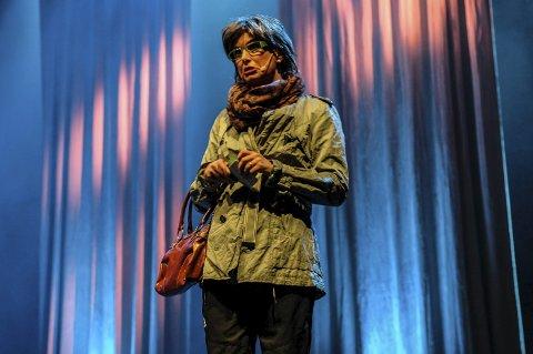 Vil gjerne gi bort en bit av seg selv: Kjersti Severinsen i Skøy.  Foto: Rune Slyngstad