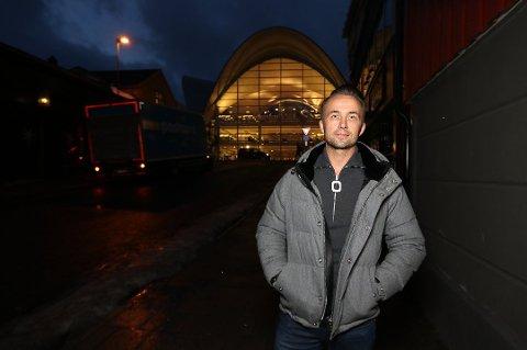 PÅ BESØK: André Lavold på julebesøk i Tromsø. Foto: Rune Endresen