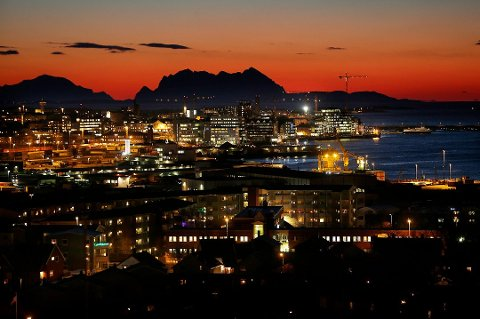 Bodø by, en desembernatt i 2012.