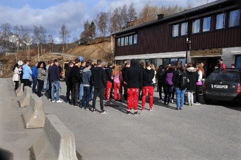 Fætre: Knut Hamsun videregående skole kan miste både flere klasser, elever og lærere neste skoleår.
