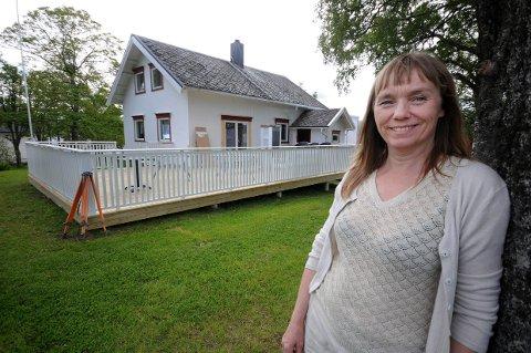Ikke tid: Åslaug Solem er travelt opptatt med driften av Idunngården nå i sommer og har derfor lite tid til å uttale seg om forslag til ny alkoholpolitisk plan for Hamarøy kommune.