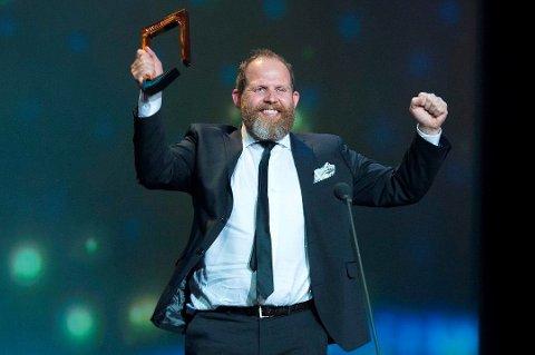 JUBELÅR: Truls Svendsen feirer at han vant Gullruten i 2015. I 2019 gjorde tromsøværingen sitt beste år rent økonomisk.
