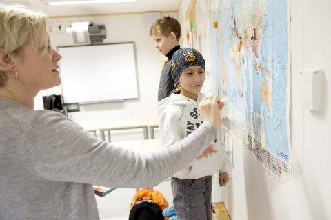 Mohamad Alkhalil (9) var så spent før første skoledag at han våknet flere ganger om natten for å spørre om det snart var skole.
