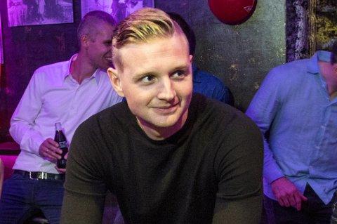 Erik Huseklepp har signert for ett nytt år med Åsane.