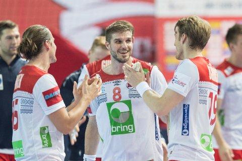 Norge og Bjarte Myrhol kunne smile etter seieren over Hviterussland.