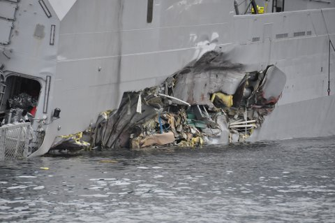 Skadene på KNM Helge Ingstad *** Local Caption *** Damages on the frigate HNoMS Helge Ingstad