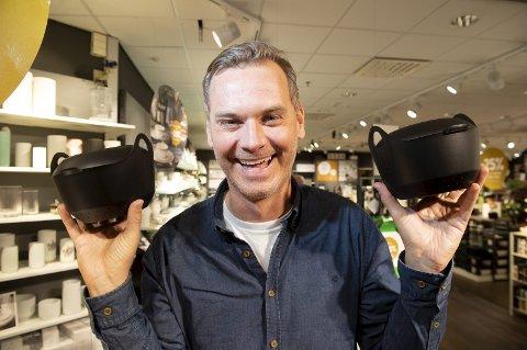 Øyvind Rafto har mange baller i luften for tiden. Ved siden av lansering av Boil in Box er han aktuell som medprodusent for Truls Svendsen sitt show på Latter i Oslo. – Det er mye på en gang, sier Rafto.