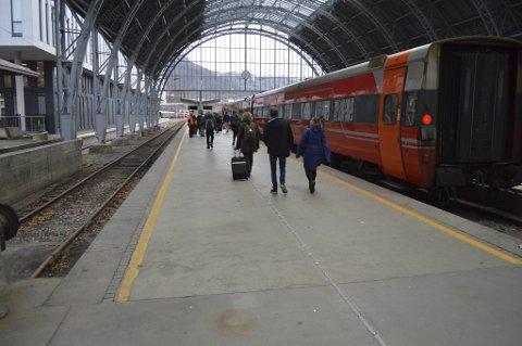 Reisetiden mellom Bergen og Oslo kan bli fire timer. Mellom Bergen og Voss kan den bli ned mot halvtimen.