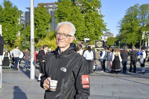 Albert Nieuwenhuis har gledet seg lenge til å feire bergensk 17. mai.