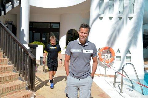 Morten Kalvenes (bakerst) og Kjetil Knutsen har forlenget sine kontrakter med Bodø/Glimt.
