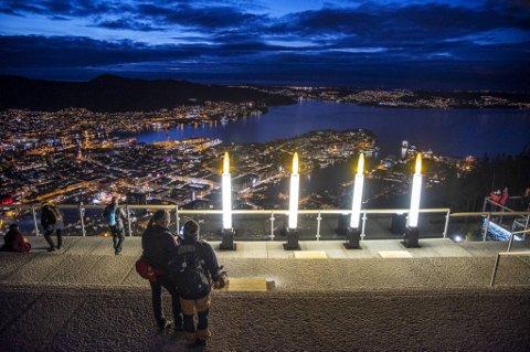 Bergen blir vått og varmt i desember, skal vi tro forskerne ved Senter for klimaforskning i Bergen. De har kommet med sine varsler for november og desember.