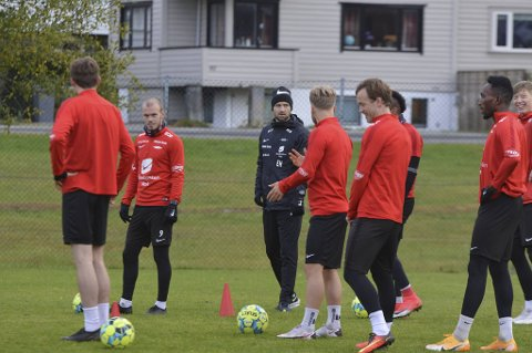 Det vakte oppsikt da tidligere RBK-trener Eirik Horneland ble assistent i Brann. – Han virker som en bra fyr, er dommen fra Daniel Pedersen.