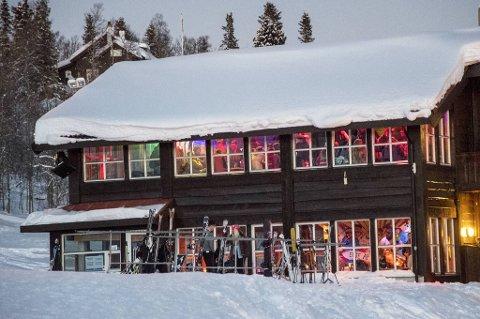 Årlig reiser russen fra Bergen opp til Geilo siste helgen i januar, men i år frarådes dette sterkt. Arkivfoto fra 2018.
