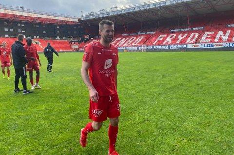Brann-trener Eirik Horneland hadde ikke flere å ta av, og byttet seg selv inn de siste 20 minuttene av treningskampen mot Stryn søndag!