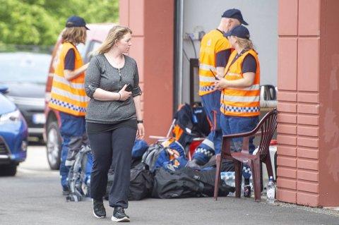 Linn Ekren (31) ble sendt til til akuttmottaket på Haukeland etter storbrannen. Etter omfattende undersøkelser, ble hun skrevet ut igjen fredag.
