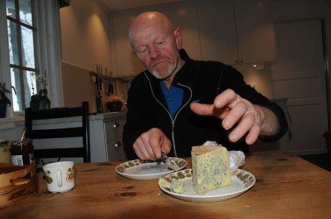 Blåmuggosten Fønix og de andre ostene fra Stavanger Ysteri er laget på økologisk melk fra kyrne til Kolbjørn Anda på Leikvoll.