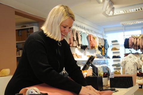 Ny vei: Kariann Randeberg sa opp barnehagejobben og ble butikksjef. Det har hun ikke angret på.