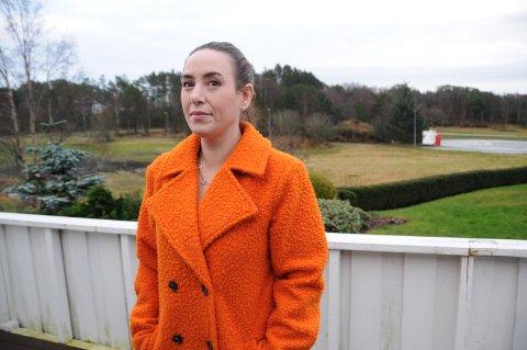 Skeptisk: Mariann Ulseth vil kunne få en ny nærbutikk rett utenfor familiens stuevindu i Viste Hageby. Det liker hun ikke.