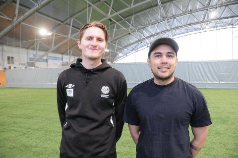 Nye trenere: Kameratene Frank Sande Feedt (t.v.) og Michael Tamminen har fått hovedansvaret for det fotballfaglige rundt RIL fotballs gutter 14-tropp.