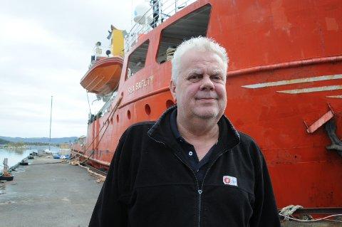 Kritisk: Leif Arne Moi Nilsen (FrP) synes det går altfor tregt med å få fjernet to skipsvrak på Bru.