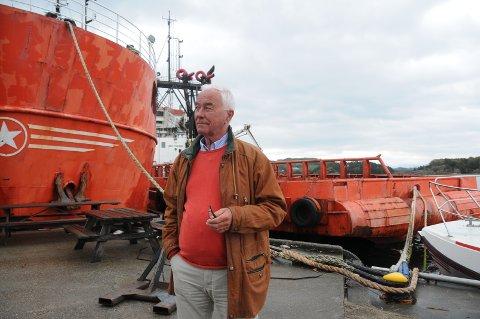 Berørt: Per Arne Hodne-Larsen er blant dem som sjeneres av de to skipene som ligger ved Bru kai, og som miljøorganisasjonen Bellona går til aksjon på torsdag 5. august.