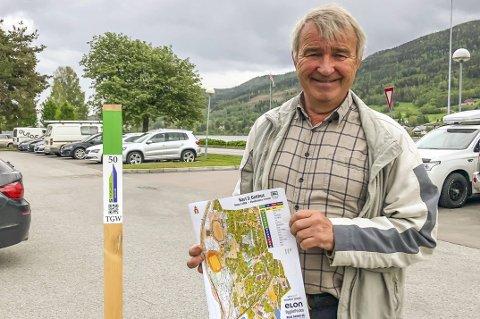KLART: Godtfred Rygh og Modum O-lag er klare med årets utgave av Stolpejakten, med i alt 60 stolper på fire kart i kommunen