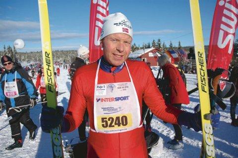 HÅPER PÅ SOL: Kulde og snø fikk rennleder Thor Inge Tollehaug ikke nok av på Ormåsen. Men på Heistadmoen blir det skifest i vinter også.