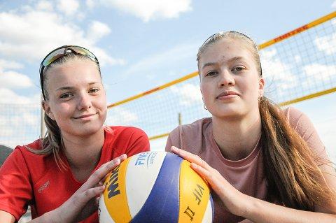 Vikersund Volley, Eva Marie Brulid Blix (15) og Marlene Lobben Halvorsen (15