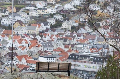 """SITTE SAMMEN? En dag ser man kanskje et """"Statens Hus"""" fra utkikkspunktet på Kråkefjellet."""