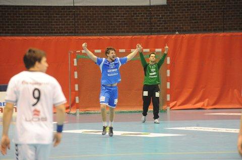 Johannes Hippe og Mathias Kolstad Holm spilte en sterk kamp for DHK.