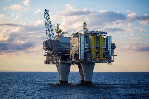 RISIKABELT: «Videre oljevirksomhet er en risikabel business», skriver Jan K. Karlsen fra Røyken.