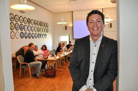 FORNØYD: Andreas Muri, ordfører i Svelvik, er godt fornøyd med resultatet.