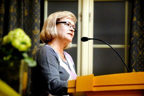 ENGASJERT: Helene Justad snakket engasjert om busstilbudet i Lier.