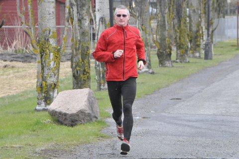 Trening:  Henry Wehder (55) trener i Lier hver dag.