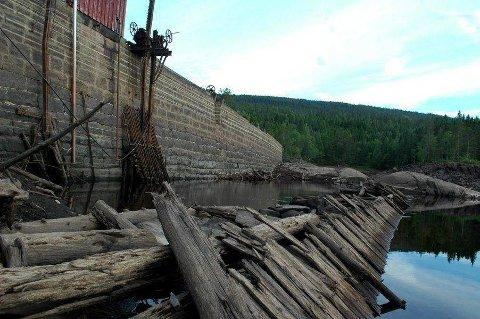I desember 2018 ble Finnemarka naturreservat utvidet. Mykleby Maskin AS mener det vanskeliggjør fornyelse og vedlikehold av kraftproduksjonsanleggene. De har blant annet rettigheter til Dammyrdammen (bildet).