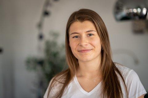 ET NYTT LIV: Ilka Doval la opp som bordtennisspiller i fjor. I dag forteller hun at hun vandrer rundt uten mål og mening, men stortrives med det.