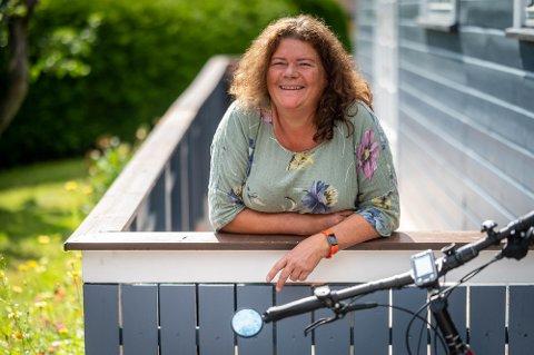 TIL TINGET: Kathy Lie fra Lier er utdannet sykepleier, men jobber nå som fylkesvaraordfører i Viken. Nå er det klart at SV-politikeren fikk den siste stortingsplassen fra Buskerud.