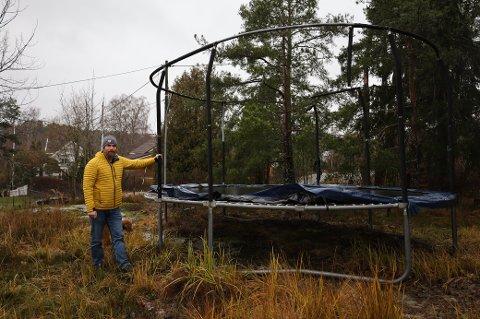 Espen Gustavsen la ut trampolinen for salg på Finn til 3,8 millioner. Med på kjøpet får du den 913 kvadratmeter store tomten.