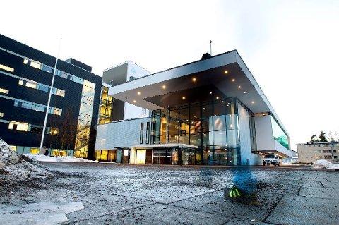 TRAVLE TIDER: Det er mye å gjøre i disse korona-tider på Ahus. Sykehuset jobber kontinuerlig med rutiner og kapasitet.