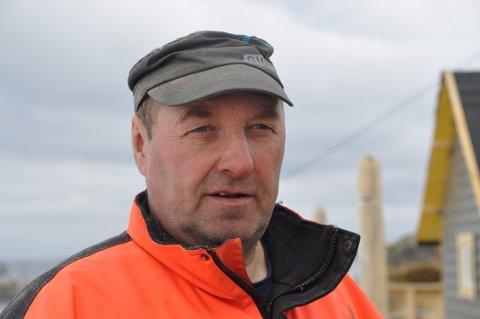 ENDELIG: Kjell Ingebrigtsen har drømt om å bygge et anlegg for fisketurister i mange år. Nå er det ikke lenge til anlegget er ferdig.