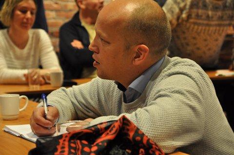 NYE MEDLEMMER: Det var mange som ble vervet til Senterpartiet under møtet torsdag kveld.