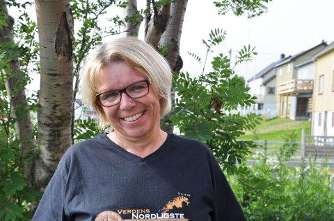 FÅ DAGER TIL FEST: Festivalsjef Merete Tauselv ser frem til festivalstart. Skarsvåg bryggefestival går av stabelen på torsdag.