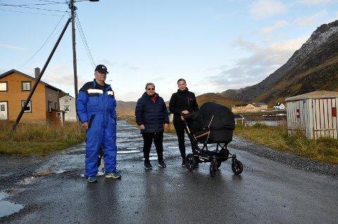 Innbyggerne på Sarnes har skrevet brev og e-poster til Nordkapp kommune. De føler at de ikke blir hørt.
