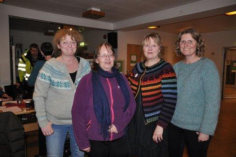 NYTT STYRE: Trine Andreassen (til venstre) er ny styreleder for Honningsvåg skolekorps. Janne Helen Mikkelsen, Edna Toften og Kristin Haga Martinsen er styremedlemmer.