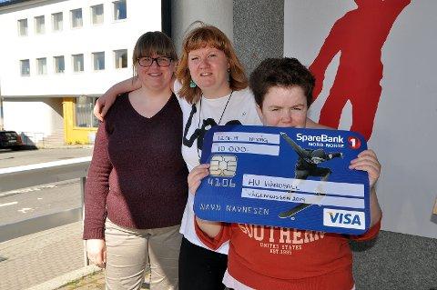 - Tusen takk sier Nann-Evy, Cecilie og Susanne på vegne av hele laget.